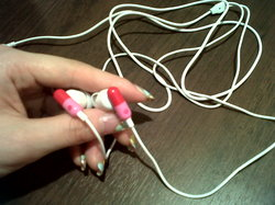 earphones.jpg